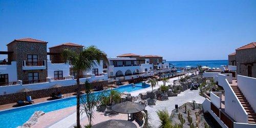 Забронировать Costa Lindia Beach