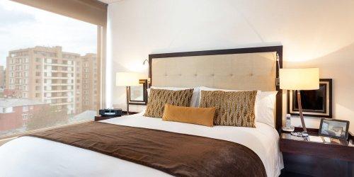 Забронировать 93 Luxury Suites & Residences