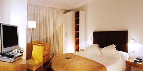 Забронировать Aimia Hotel
