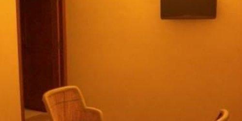 Забронировать Hotel Ishwar Palace