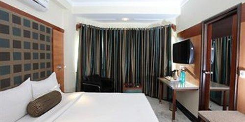Забронировать Hotel Dayal