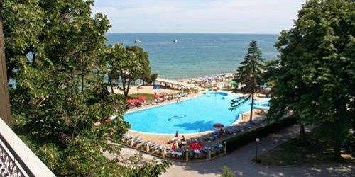 Забронировать Lotos Hotel - Riviera Holiday Club