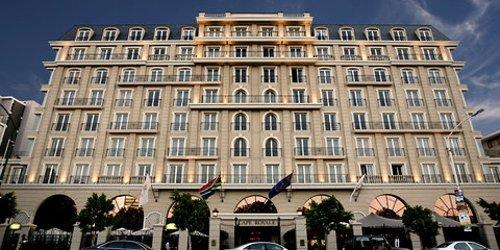 Забронировать Cape Royale Luxury Hotel