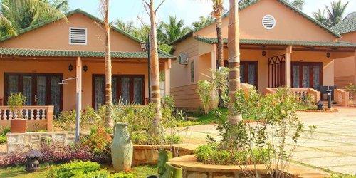 Забронировать Phu Van Resort & Spa