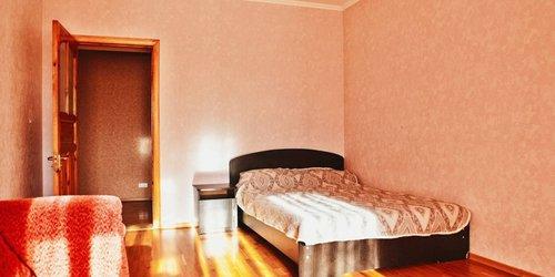 Забронировать Home Hotel na Noyabrskoy
