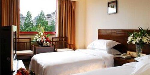 Забронировать Super 8 Hotel Xi'an Bell and Drum Tower Xidajie