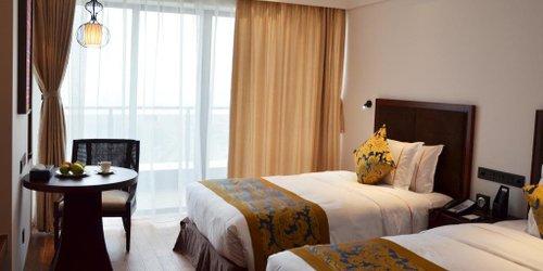 Забронировать Leling Zhongzhou Intermega Hotel