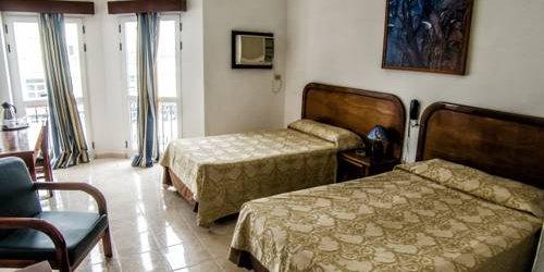 Забронировать Hotel Paseo Habana