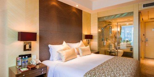 Забронировать Zhejiang Hotel