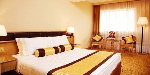 Забронировать Riverside Hotel - Guangzhou