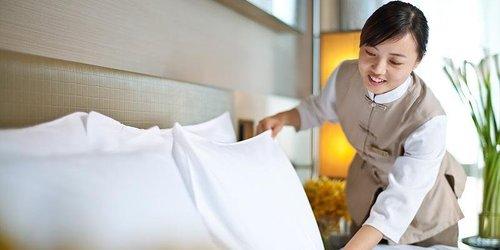 Забронировать Longchamp Garden Hotel Changsha