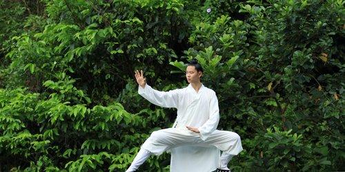 Забронировать DoubleTree Resort by Hilton Hotel Hainan - Qixianling Hot Spring