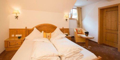 Забронировать Superior Hotel Post Ischgl