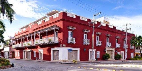 Забронировать Armería Real Luxury Hotel & Spa