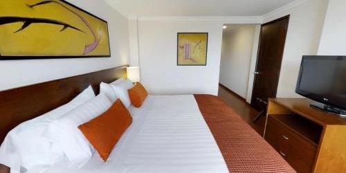 Забронировать Hotel Estelar de la Feria