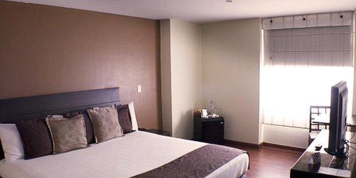 Забронировать Hotel Santa Barbara Real