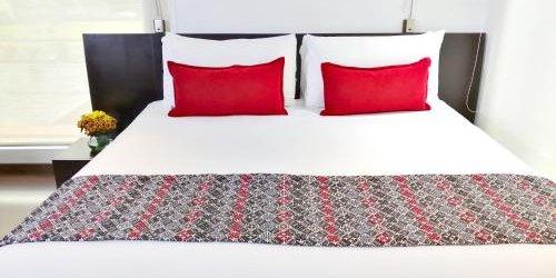 Забронировать Hotel Sercotel Richmond Suites