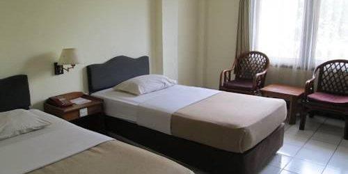 Забронировать Hotel Budiman