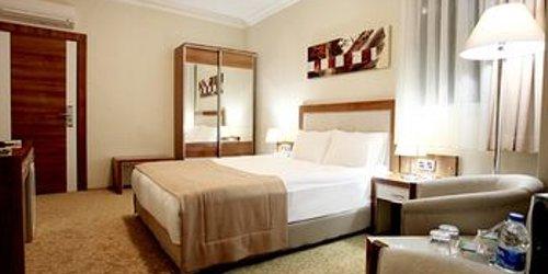 Забронировать Pietra Hotel