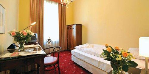 Забронировать Palais Hotel Erzherzog Johann