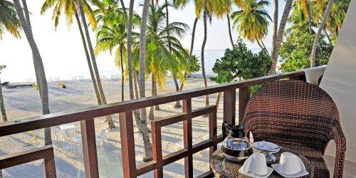 Забронировать Sun Tan Beach Hotel