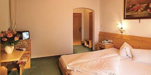 Забронировать Hotel Garni Alpenschlössl