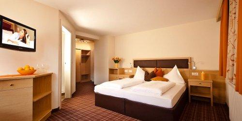 Забронировать Apart Hotel Garni Villa Knauer
