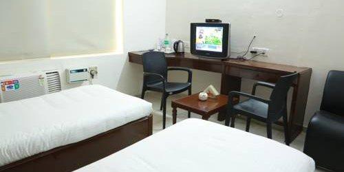 Забронировать Hotel Shridevi Park