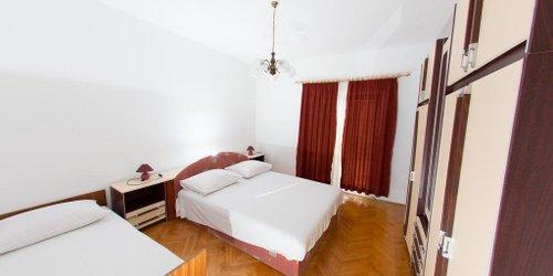 Забронировать Apartments Ticinovic