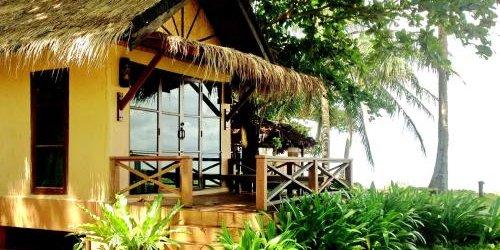 Забронировать Nautilus Right On The Beach Resort
