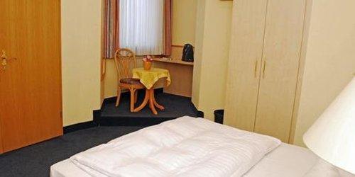 Забронировать City Partner Hotel Strauss