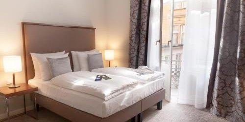 Забронировать Radisson Blu Hotel Schwarzer Bock Wiesbaden