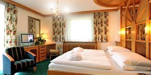 Забронировать Hotel Alpina - Thermenhotels Gastein