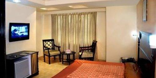 Забронировать Hotel Ganga Ratan
