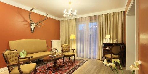 Забронировать Spa Hotel Schloss Weikersdorf