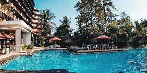 Забронировать Grand Quality Hotel Yogyakarta