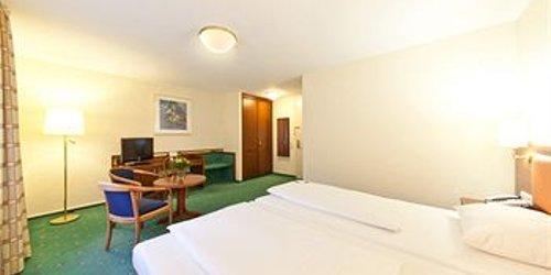 Забронировать Novum Hotel Boulevard Stuttgart City