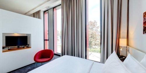 Забронировать Hilton Garden Inn Stuttgart NeckarPark