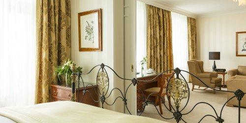 Забронировать Althoff Hotel am Schlossgarten