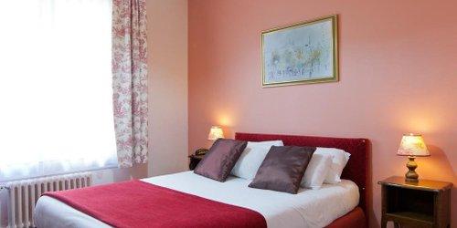 Забронировать Hôtel De Paris