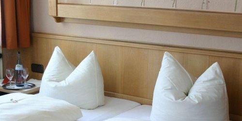 Забронировать Hotel Rothenburger Hof