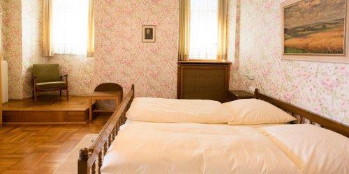 Забронировать Hotel-Gasthof Goldener Greifen
