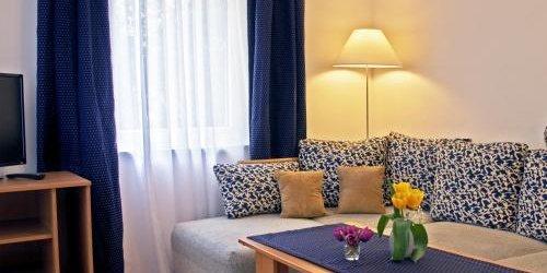 Забронировать Apartmenthaus Potsdam-Quartett