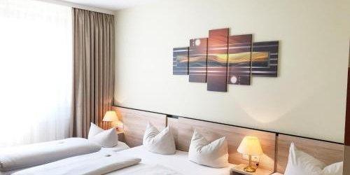 Забронировать NOVINA HOTEL Südwestpark
