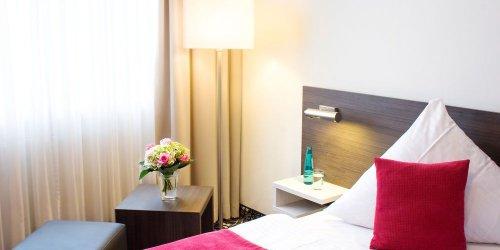 Забронировать Hotel Mirabell