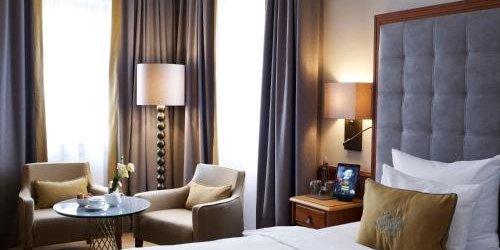 Забронировать Platzl Hotel (Superior)