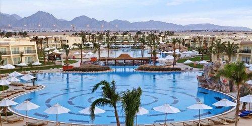 Забронировать Hilton Sharks Bay Resort