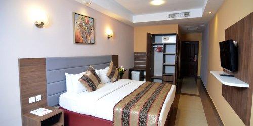 Забронировать Hotel Royal Orchid - Azure Hotel