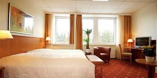 Забронировать Traveller Hotel