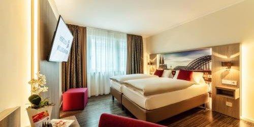 Забронировать CityClass Hotel CAPRICE AM DOM (Superior)